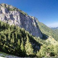 Conosco questo itinerario. La Val Sedornia non delude mai e l'intero anello e' molto gratificante. Belle come sempre le foto. Ciao!