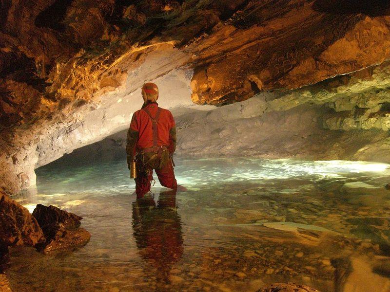 Bergamo ricorda lo speleologo Badino