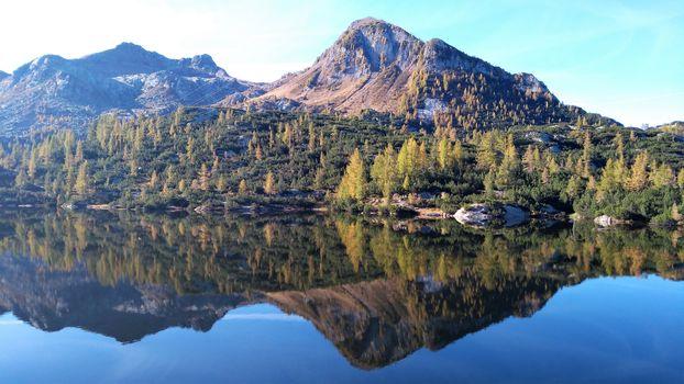 Carona-laghi Gemelli-passo di Aviasco. Il video di una bellissima giornata d'autunno
