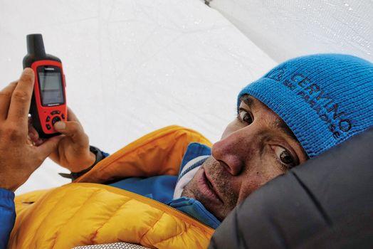 Dalla Valle d'Aosta a Lecco  Barmasse parla di sicurezza