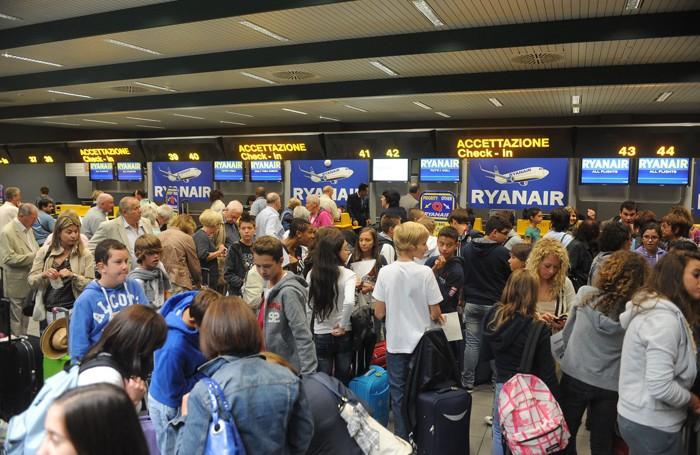 Aeroporto Orio Al Serio Bergamo : Orio tra i peggiori scali del mondo «le classifiche
