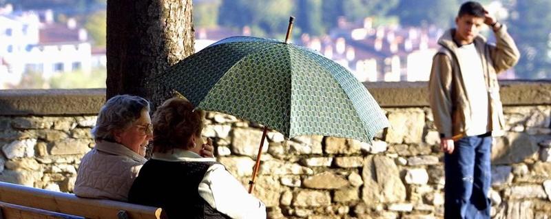 Ultime Notizie: Ognissanti col bel tempo«Ma poi occhio ai nubifragi»