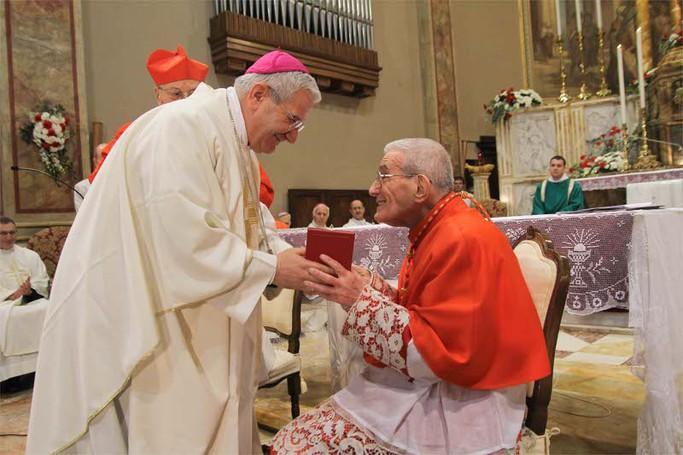 Il cardinale Loris Capovilla con il vescovo Francesco Beschi