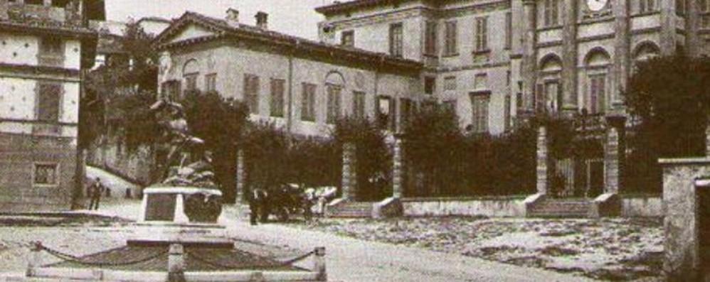 Piazza carrara e l alpino sparito che fine ha fatto il for Galleria carrara bergamo