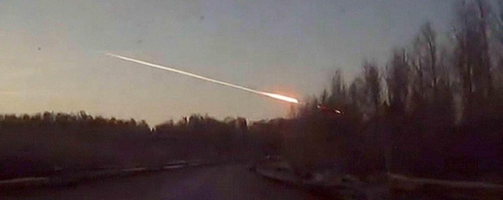 Grosso meteorite fra la bassa e milano chi l ha visto for Meteorite milano