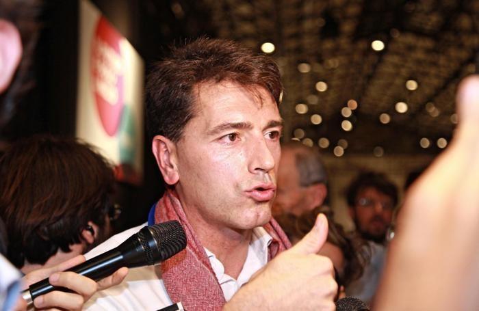Politici manager sportivi e cantanti l elenco degli for Lista politici italiani