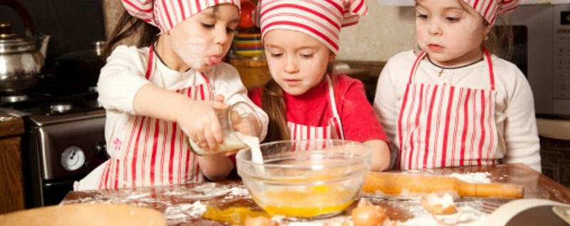 Altro che masterchef c grumello i bambini cucinano a - Bambine che cucinano ...
