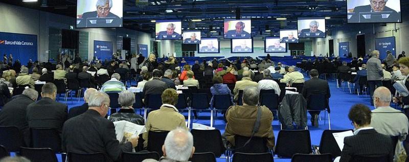 Ubi assemblea con vista sulla spa alla fiera attesi for Fiera di bergamo 2016