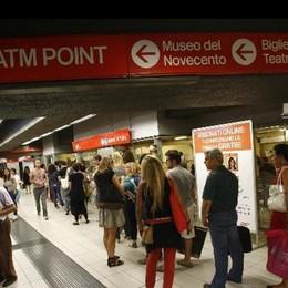 Furbetti della metro, è finita la pacchia... Dal 15 febbraio si timbra anche in uscita
