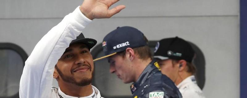 Hamilton, pole da record in Malesia Le Ferrari, 5ª e 6ª, dopo le Red Bull