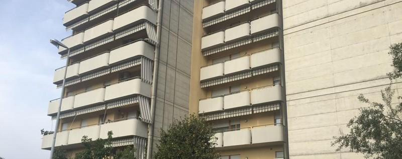 Seriate chi l algerino espulso imbianchino in casa for Chi disegna i piani di casa
