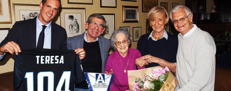 La nonna dell'Atalanta è Teresa - Video 104 anni di amore per la squadra