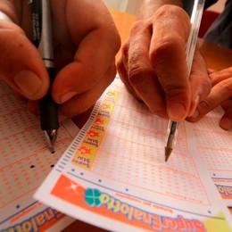 «6» al Superenalotto: oltre 163,5 milioni Il fortunato ha giocato una scheda da 3 €
