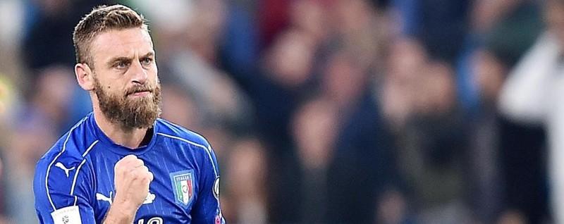 Italia-Spagna: Belotti suona la carica Papera di Buffon, 1-1 di De Rossi su rigore