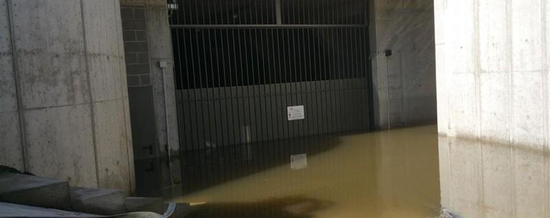 «Basta alluvioni, il Comune intervenga» Raccolta firme al Villaggio degli Sposi