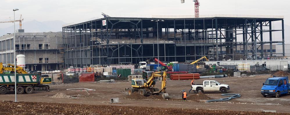 Oriocenter ecco l ampliamento in primavera l for Piani di costruzione di storage rv