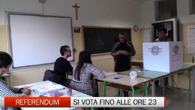 Referendum, si vota fino alle ore 23