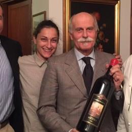 Tonno e vino rosso  nel ricordo di Veronelli