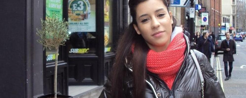 Una distrazione e l'incidente a Treviglio Sara in Fb: chiedo scusa all'automobilista