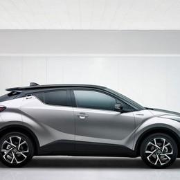 Nuovo C-HR: Toyota debutta nei crossover