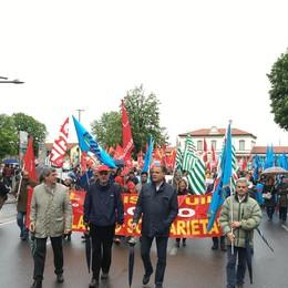 Corteo del primo maggio a Bergamo