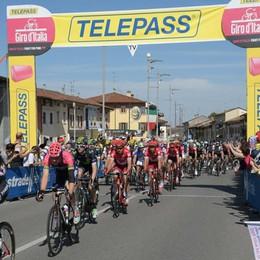Giro d'Italia nella Bassa: mordi e fuggi ma tanto entusiasmo. Vince Kluge -  Foto