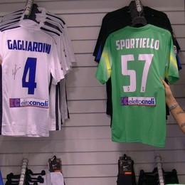 Sportiello e Gagliardini con i tifosi - video Il portiere: «La Nazionale? Ci credo»