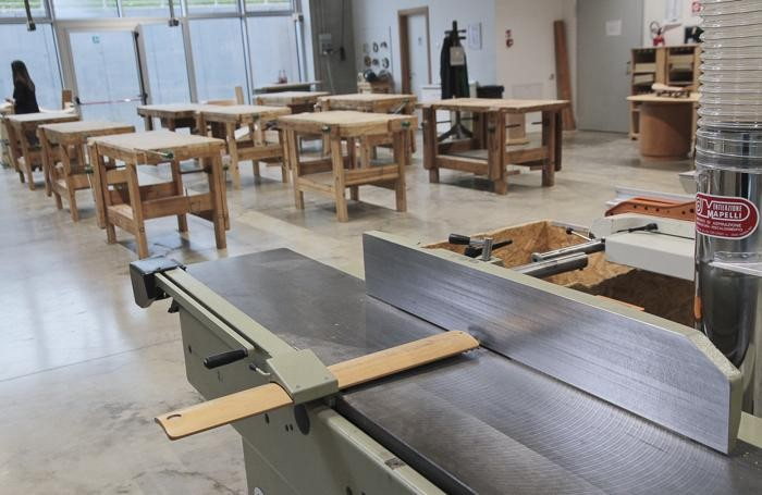 Formazione per disoccupati under 35 tino sana offre 10 for Responsabile produzione arredamento