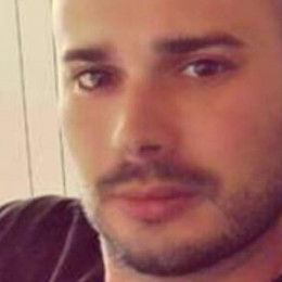 Azzano, ancora nessuna notizia di Luca Gli amici: aiutateci a cercarlo - il  volantino