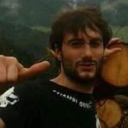 Sebastiano trovato morto nel fiume Continuano le ricerche per Luca Aceti
