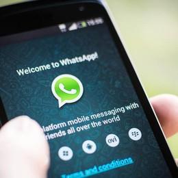 L'Agcom pensa a tassa per Whatsapp I colossi del digitale stanno alla finestra