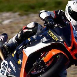A 300 all'ora in moto per strada «Bonny» racconta il Tourist Trophy