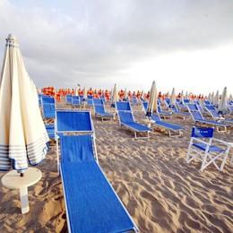 Tutti al mare. Meglio se in Italia Ecco le spiagge più amate dai lombardi