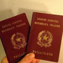 Passaporti, pienone in Questura I nuovi orari per il mese di agosto