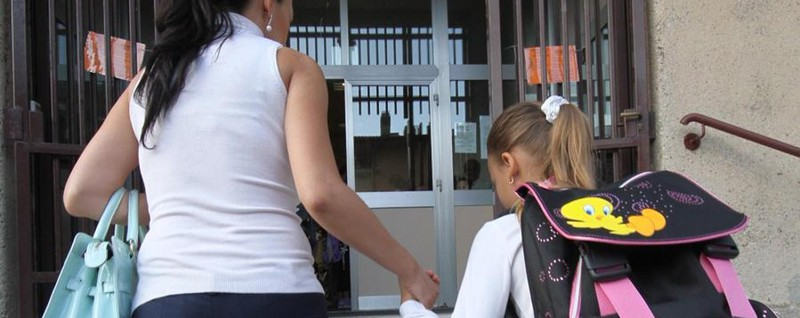 «Alle scuole medie figli accompagnati» Scoppia il caso alle Codussi e Galgario
