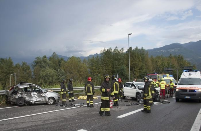 Incidente a Costa Volpino: morta giovane, tre feriti