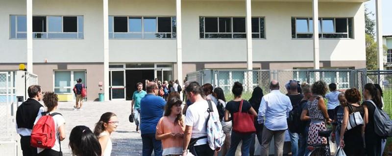 Obbligo di accompagnare i figli a scuola Anche Gramellini sul caso bergamasco