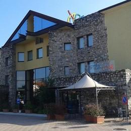 Adesso rapinano anche gli alberghi Stezzano, colpo notturno all'Art & Hotel