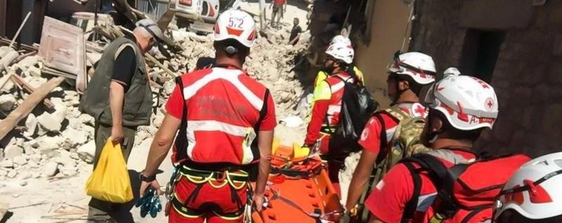Un mese dopo il sisma, la forza di ripartire Il foto racconto della Croce Rossa - Storify