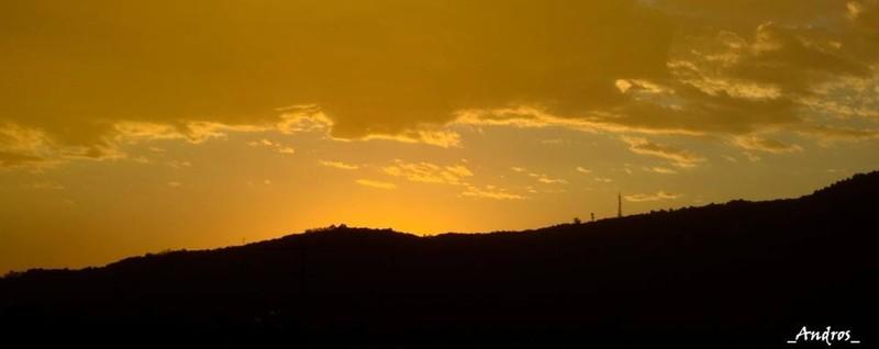 Un cielo giallo spazzato dal vento Bergamo, impressioni di settembre