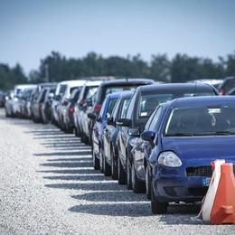 «Il parcheggio chiude l'attività» Timore per i dipendenti (e per le auto)