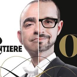 Una strana coppia spiega l'opera Sul palco Francesco Micheli ed Elio