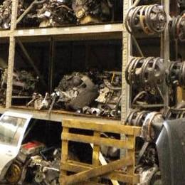 Ricambi d'auto contraffatti a Bergamo Scoperta «industria del tarocco»