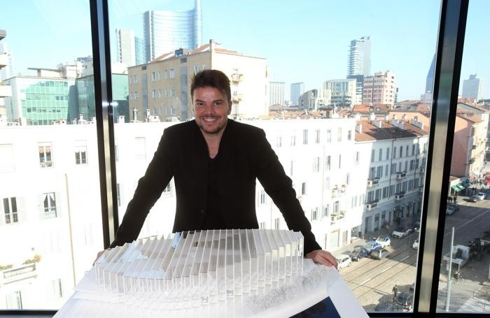 L'architetto danese Biarke Ingels dello studio di architettura internazionale BIG (Bjarne Ingels Group) vincitore del concorso internazionale per realizzare la nuova sede San Pellegrino flagship factory, in occasione della presentazione del progetto alla stampa