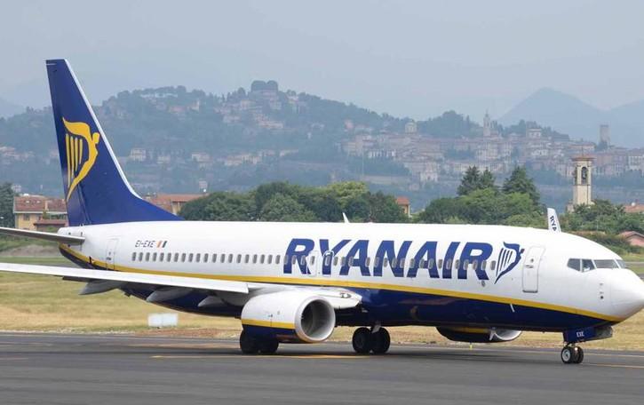 Ryanair cerca ancora personale Tre date di selezione a Orio al Serio