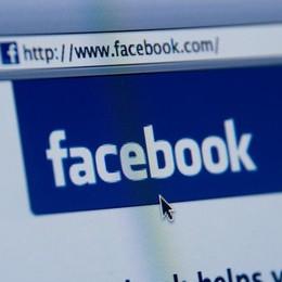 Intrusi nel vostro profilo Facebook? Falso allarme, tutta colpa di un bug
