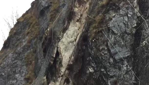 Frana sulla strada in Val Taleggio