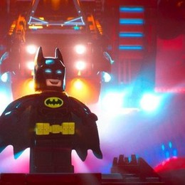 Anche i supereroi giocano in squadra  Al cinema arriva Batman. Ed è di Lego
