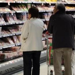 Istat, prezzi ancora in aumento Ad una velocità doppia degli stipendi