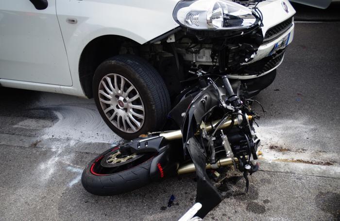 Incidente mortale sulla provinciale a Casnigo, strada riaperta
